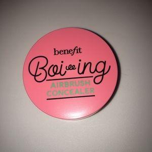 Benefit Boi-ing Airbrush Concealer in No. 3 Medium